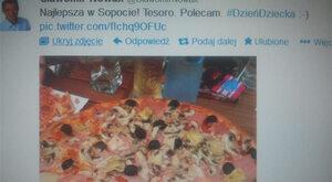 Minister Nowak reklamuje pizzerię