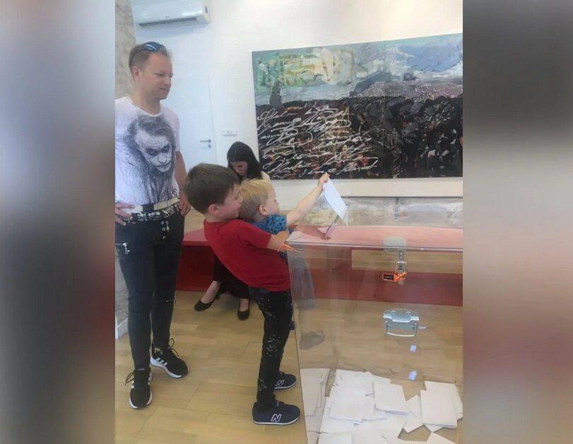 Celebryci na wyborach - Maciej Stuhr