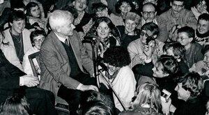 Zbigniewa Herberta życie na podsłuchu